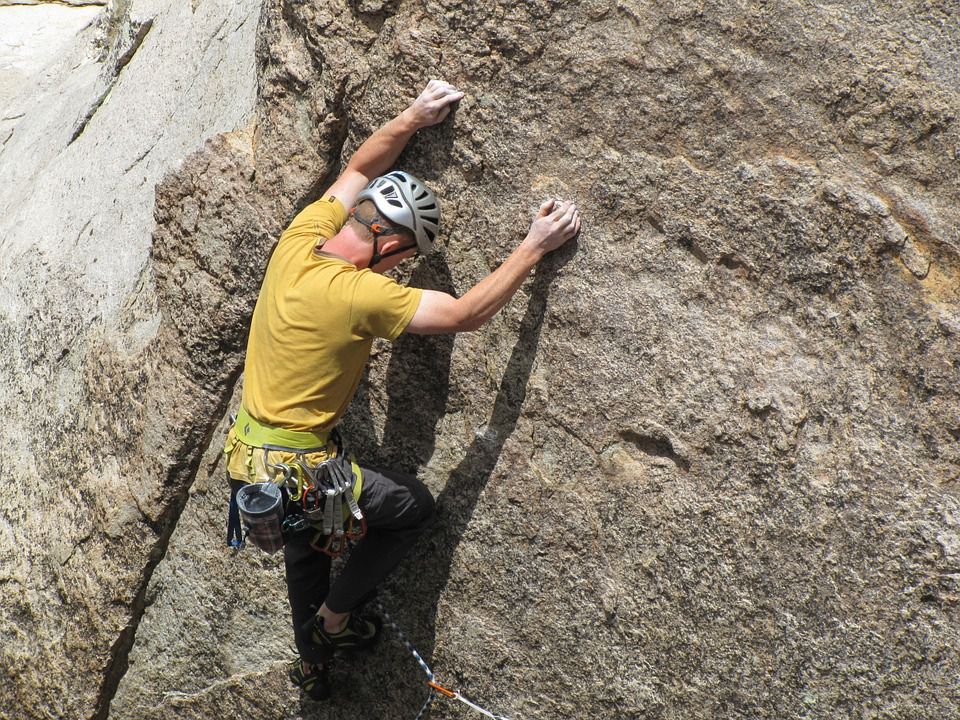 rock-climbing-403487_960_720